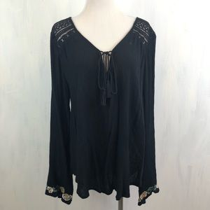 Band of Gypsies Tops - NEW Band Of Gypsies Boho Bell Sleeve Top M 0323